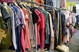 Clothes in a charity shop / Photograph: Marc Wathieu, Flickr