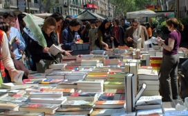 Streets full of books for Saint George's Day. Photo: Wikimedia