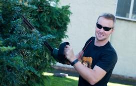 Volunteering for Heineken's #BrewingGood programme / Photograph: Neighbourly