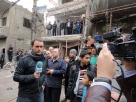Mikel Ayestaran working in Damascus (Syria) - Image: Mikel Ayestaran