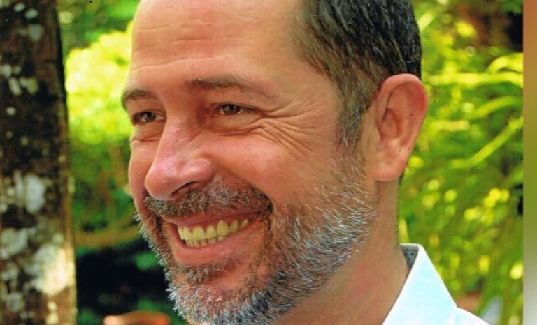 Javier García leads in the grown the NGO 'Colabora Birmania'