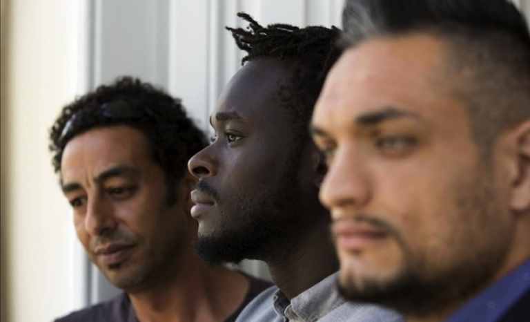 SOS Racisme denounces the criminalization of these actions on racial grounds.