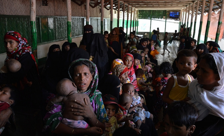 300.000 Rogingya people have fled and crossed the border with Bangladesh. Photo: European Comission DG, Flickr
