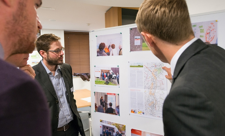 The Bertikow-Pasewalk project explained at the RGI/BESTGRID-workshop 'Implementing Projects of Common Interest' / Photograph: RGI