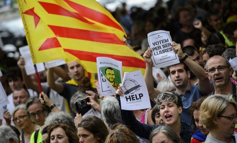 Catalan demonstrators asking for a referendum to vote. Photo: Assemblea, Flickr