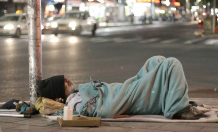 Catalan entities join the European campaign to end homelessness