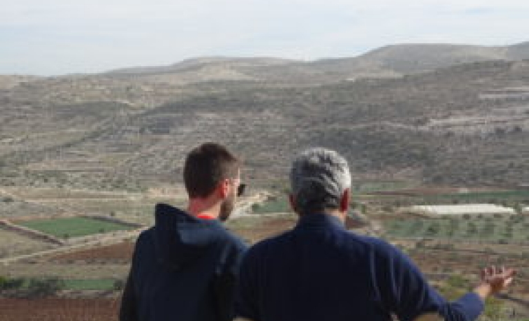A Catalan volunteer and a Palestinian peasant in the West Bank