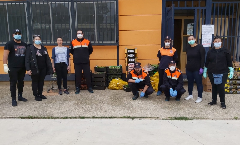 FAGiC is providing food to Roma in Catalonia