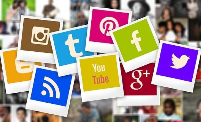 There are so many social networks but how to know if your organization should be on them?  Font: Pixabay