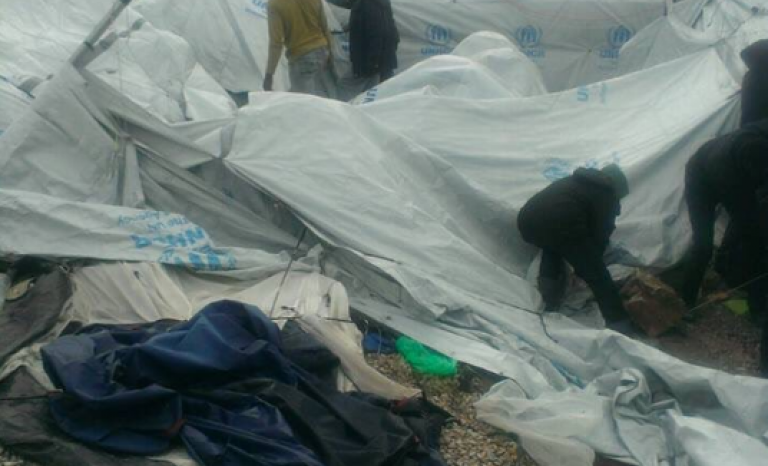 Cold snap has demolished refugee tents. Photo: Twitter