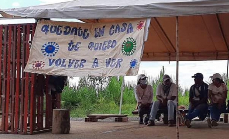 Indigenous people in Colombia have intercultural health systems.