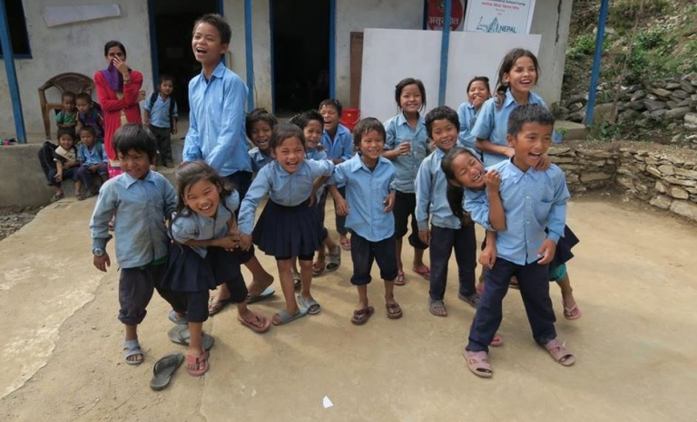 Living NEPAL - Font: Living NEPAL