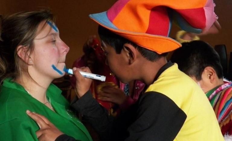 A volunteer project in Perú.    Source: NGO Voluntariado