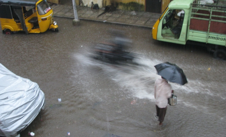 The monsoon is a variation in the wind system causing rainfall of various intensities. Photo: Wikimedia