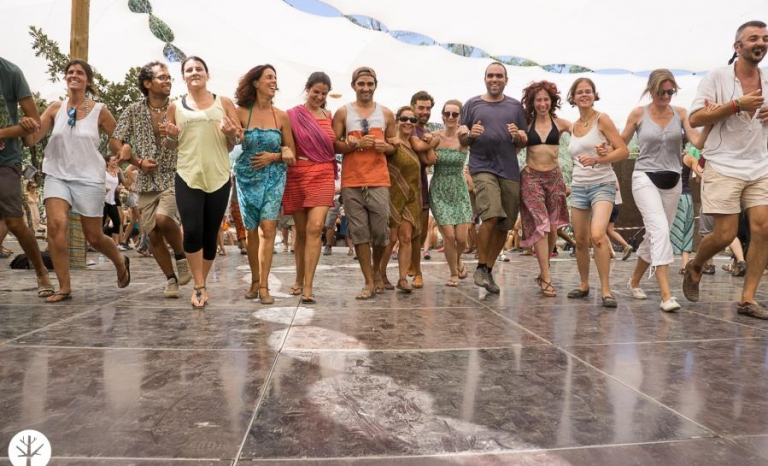 People dancing at Andanças festival. Photo by Jose Manuel Costa