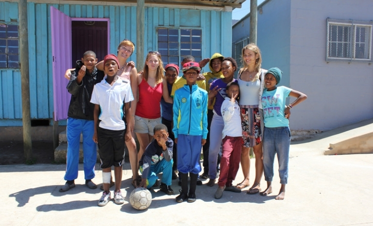 An image of volunteers from the Good Hope Volunteers organization