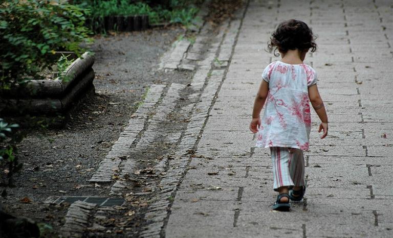 Girl / Photograph: Lance Shields, Flickr