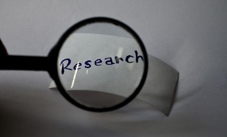 Research / Photograph: pdpics, Pixabay