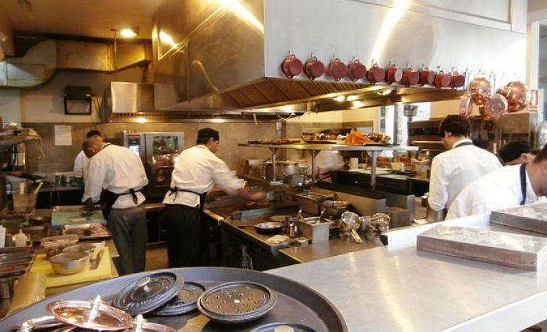 Barcelona restaurants employing migrants. Photo: Wikipedia