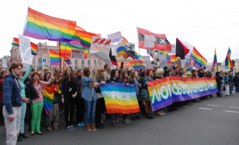 Protests against the violation of LGBTI rights in Russia.  Source: IdemTV