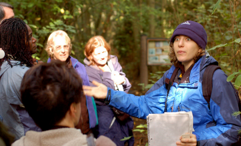 Releasing employees to undertake volunteering within work hours is also a type of ESV / Photograph: Seattle Parks