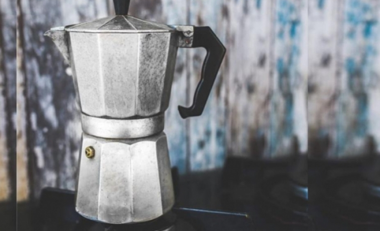 The italian coffee maker, a paradigm of sustainable design.